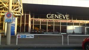 place handicapée devant l'aéroport de Genève