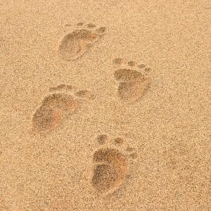 baby-footprints-beach-300x300